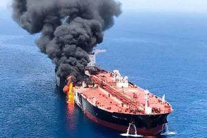 Iran nổi giận vì bình luận của Anh về vụ tấn công tàu chở dầu