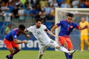 Copa America: Messi thất vọng khi Argentina để thua Colombia