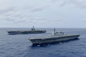 Tàu chiến Mỹ-Nhật tập trận trên Biển Đông: Bước ngoặt hợp tác mới