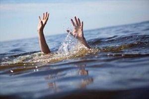 Đi câu cá, 2 học sinh lớp 6 trượt chân đuối nước
