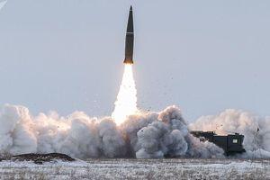 Tổ hợp tên lửa Iskander của Nga tham gia tập trận ở biển Baltic