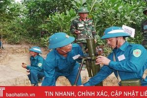Xem dân quân Hà Tĩnh diễn tập bắn súng cối 82mm