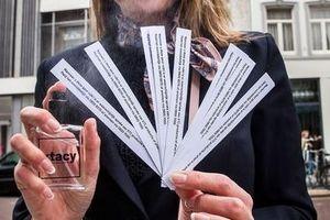Cảnh sát Hà Lan sản xuất nước hoa phát hiện thuốc lắc