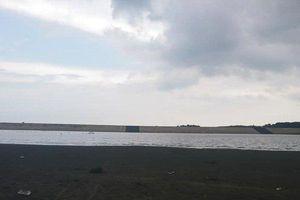 Trượt chân xuống hồ Đá Bàng khi câu cá, 2 học sinh chết đuối