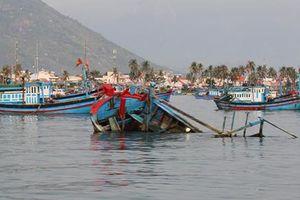 Khánh Hòa: Lật ghe trên vịnh Vân Phong làm 3 người tử vong