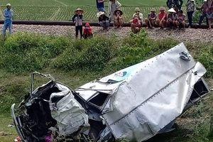 Tài xế xe tải bị tàu hàng tông lìa chân ở Hà Tĩnh đã tử vong