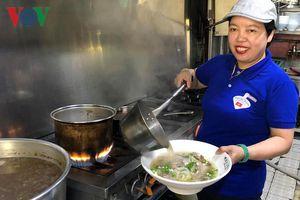 Bà chủ 3 nhà hàng Việt ở xứ Kim Chi khởi nghiệp từ 'nỗi nhớ nhà'
