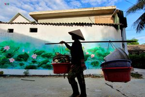 Vẻ đẹp bình dị của làng bích họa Ngư Mỹ Thạnh ở Huế
