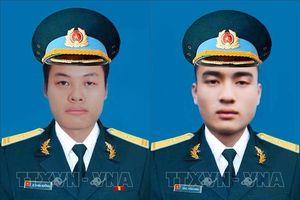 Truy phong và truy thăng quân hàm sĩ quan trước thời hạn đối với hai phi công hy sinh