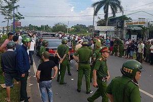 Vụ nhóm xăm trổ vây xe: Ông Lương nói chỉ quen Giang '36', không biết thanh niên xăm trổ