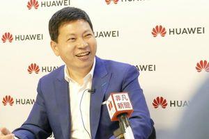 Sếp di động Huawei: Người gánh trách nhiệm 'khó nhằn' nhất giới công nghệ