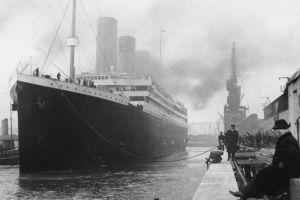 'Tảng băng nợ Titanic' sẽ nhấn chìm kinh tế toàn cầu ì ạch?