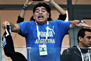 Maradona: 'Các cầu thủ đang xúc phạm màu áo Argentina'