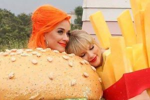 Katy Perry ôm chặt Taylor Swift trong MV mới sau 6 năm bất hòa