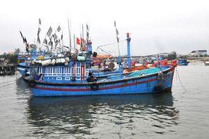Quảng Ngãi: Quy định về thợ máy làm khó ngư dân