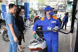 Xăng, dầu cùng giảm giá mạnh