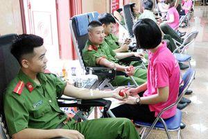Lai Châu tổ chức Chương trình 'Hành trình đỏ - Kết nối dòng máu Việt'