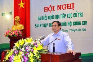 Đồng chí Phạm Minh Chính tiếp xúc cử tri tại Quảng Ninh