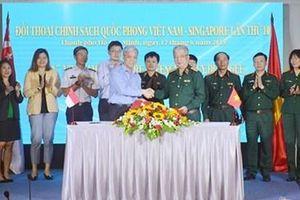 Đẩy mạnh hợp tác quốc phòng giữa Việt Nam và Singapore