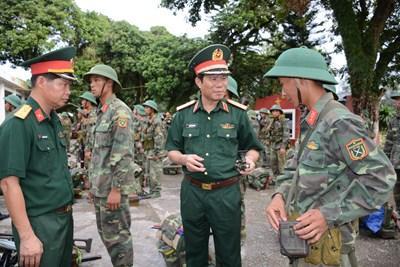 Bộ Tổng tham mưu kiểm tra xây dựng đơn vị điểm tại Lữ đoàn 242