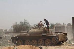 Xe tăng T-55 tham chiến ở Libya