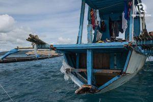 Cận cảnh tàu cá Philippines bị tàu Trung Quốc đâm ở biển Đông
