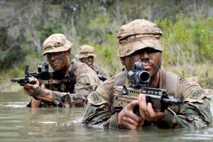 Vương quốc Anh điều Thủy quân lục chiến đến Vịnh Ba Tư