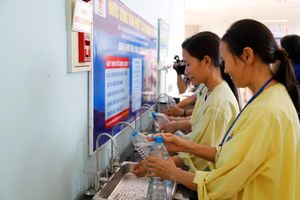 Cung cấp nước uống tinh khiết miễn phí cho người bệnh