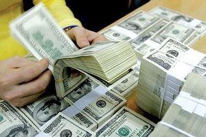Tỷ giá giảm mạnh nhờ cung ngoại tệ dồi dào