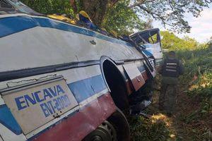 Lật xe buýt ở Venezuela, 16 người tử vong