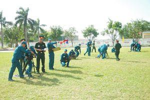 Hội thao phân đội pháo binh Dân quân tự vệ huấn luyện giỏi