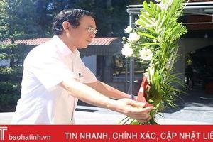 Chánh Văn phòng Trung ương Đảng Nguyễn Văn Nên dâng hương tại Ngã ba Đồng Lộc