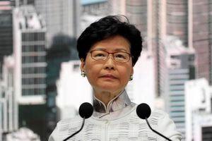 Đặc khu trưởng Hồng Kông xin lỗi người biểu tình: Bước xuống nước muộn