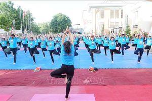 Ngày Quốc tế Yoga lần thứ 5 năm 2019 có chủ đề 'Yoga cho cuộc sống xanh'