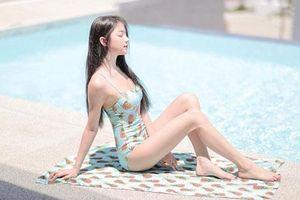 Vẻ nóng bỏng của 'hot girl đồng phục' Thái Lan, cha ném con khỏi mái nhà để phản đối chính quyền
