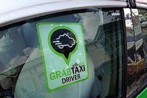 Bộ GTVT gửi công văn hỏa tốc, đề xuất taxi công nghệ phải gắn hộp đèn như taxi truyền thống