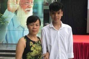 Con trai nữ lao công gặp nạn ở đường Láng vào lớp 10 trường Lương Thế Vinh