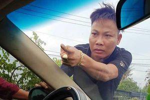 Vụ giang hồ chặn xe chở công an: Sau Giang '36', công an bắt thêm Tuấn 'nhóc'