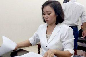 Vợ dùng súng bắn chồng ở Hà Nội bị bắt giam ngay tại tòa