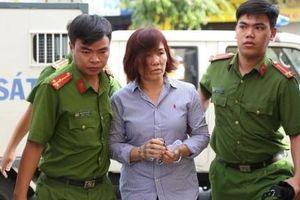 Nữ doanh nhân lái xe BMW gây tai nạn liên hoàn lãnh 42 tháng tù