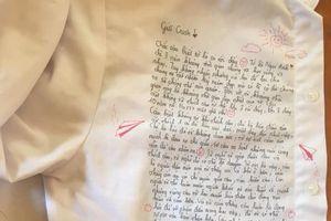 Dòng lưu bút cảm động trên chiếc áo trắng của nữ sinh yêu đơn phương