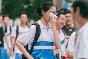 Hàng triệu thí sinh tham dự kỳ thi ĐH 2019 tại Trung Quốc: Ước vọng đổi đời?
