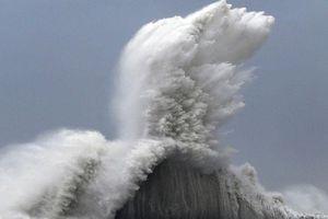 Động đất rung chuyển Nhật Bản, cảnh báo sóng thần