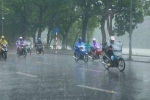 Bắc Bộ có mưa dông, Trung Bộ tiếp tục nắng nóng