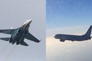 Tiêm kích Su-27 của Nga chặn máy bay P-8A Mỹ trên biển Baltics