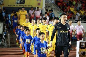 Văn Khánh, Nguyên Mạnh góp mặt trong đội hình tiêu biểu lượt đi V.League 2019