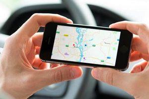 Tính năng cảnh báo du khách khi taxi 'đi lạc' của Google có gì hay?