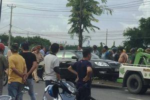 Vụ giang hồ xăm trổ vây xe công an: Nghi can thứ 3 vừa bị bắt là ai?