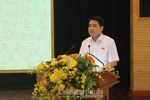 Chủ tịch UBND TP Hà Nội Nguyễn Đức Chung tiếp xúc cử tri quận Hoàn Kiếm
