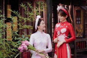Á hậu Phương Nga làm mẫu cho áo dài Ngọc Hân